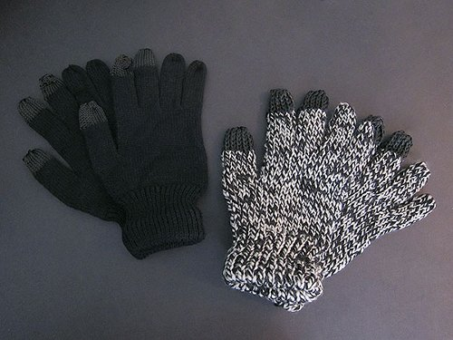 Dots Gloves